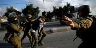قوات الاحتلال تعتقل سبعة مواطنين على الأقل من الضفة بينهم طفل