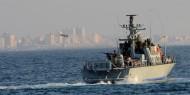 بوارج بحرية الاحتلال تطلق عشرات القذائف على شاطئ غزة