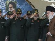 احتجاجات إيران: مقتل 3 عناصر أمن وتهديد بالاستعانة بالحرس الثوري