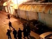 مستوطنون ينظمون مسيرة ليلية بالخليل