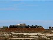 الاحتلال يقيم نقطة عسكرية شمال البيرة ويغلق طريق الجلزون