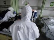 """الصين: انخفاض في عدد الاصابات بفيروس """"كورونا"""" وحصيلة الوفيات تبلغ 2,345"""