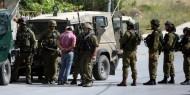 """الاحتلال يعتقل شابا بعد إصابته بعيار """"مطاطي"""" في مخيم الفوار"""